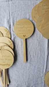 wooden romance pick